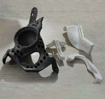 Customized Hip Implant with cutting guides and jigs